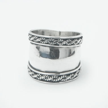 Bali wide ring